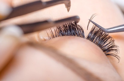 peekaboo eyelashes being done at The Naked Truth Skin Care