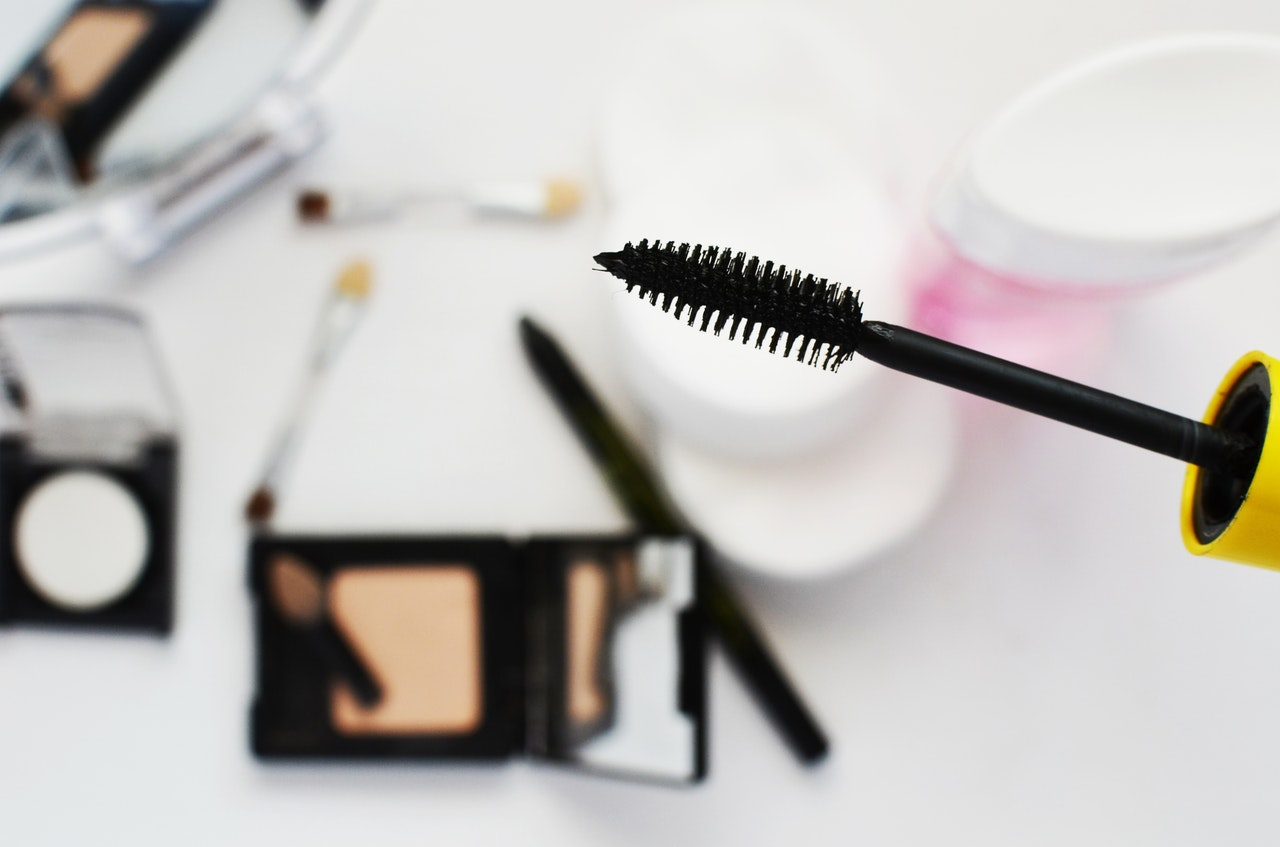 Tools to use for microblading